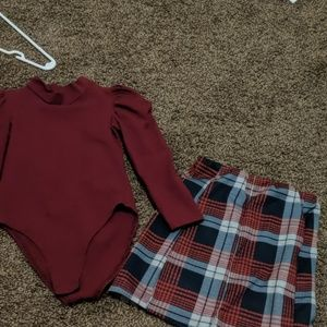 Cute little skirt outfit! Like new